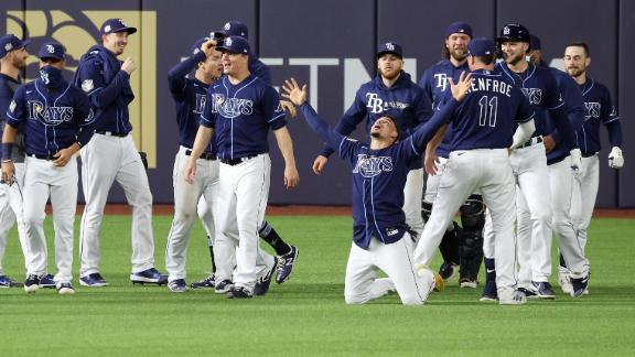 Rays walk off on Dodgers' costly errors