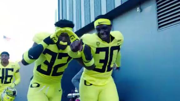 Why Oregon is the favorite to win the Pac-12