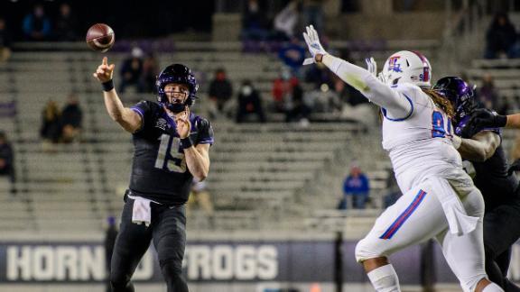 Duggan's two TDs lead TCU to blowout win over Louisiana Tech