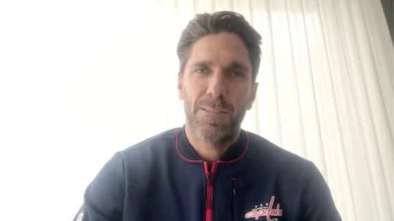 Lundqvist announces heart issue will keep him off ice this season