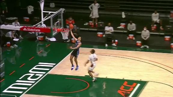 Duke's Goldwire completely botches wide-open layup