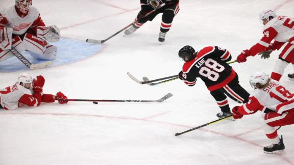 Kane scores 400th goal of his career in Blackhawks' rout
