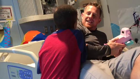 J.J. Watt formed a bond with young heart transplant patient