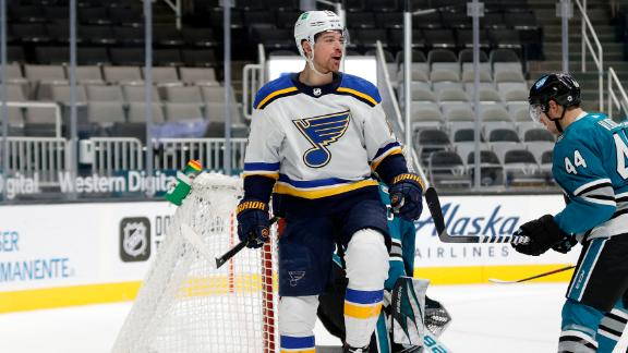 Sanford scores 2 goals in Blues' win vs. Ducks