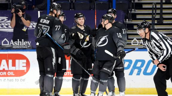 Lightning go on a scoring frenzy in 2nd period