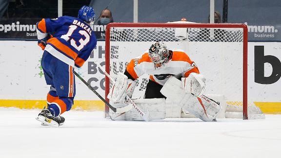 Isles take down Flyers in shootout behind Barzal's goal