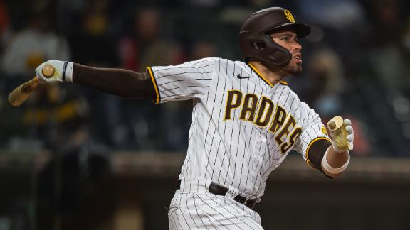 Caratini lifts go-ahead homer for Padres