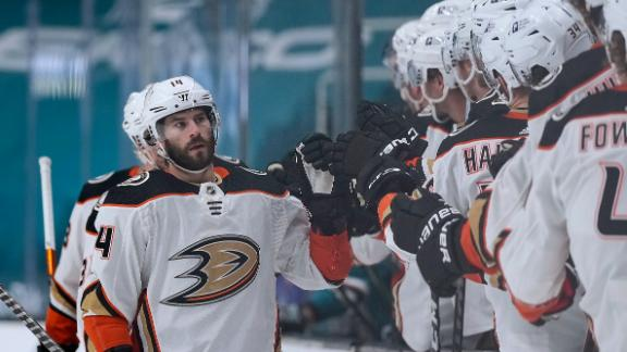 Henrique's goal helps Ducks snap 3-game slide