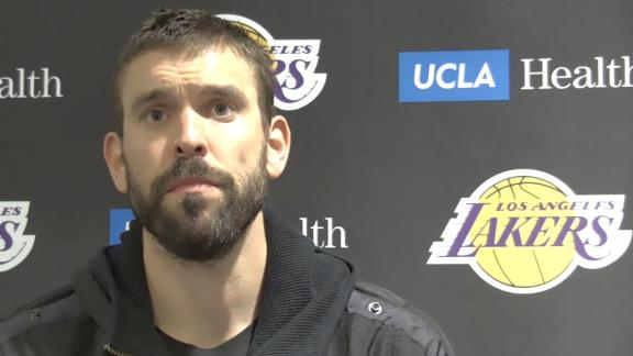 Gasol 'fully committed' to Lakers despite reduced role