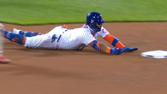 Mets strike first on Villar's double off Nola