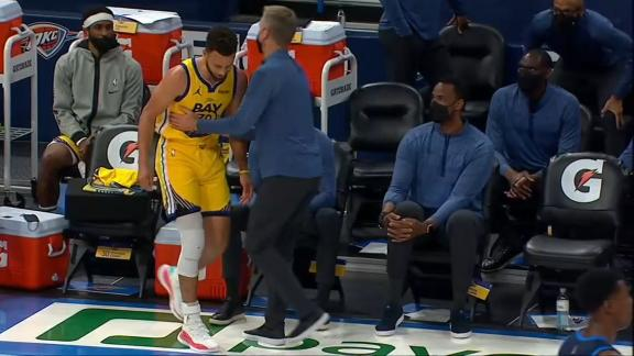 Kerr ushers Steph back to seat after 42-point game