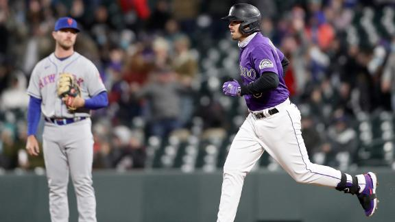 Fuentes blows game open with 3-run homer vs. Mets