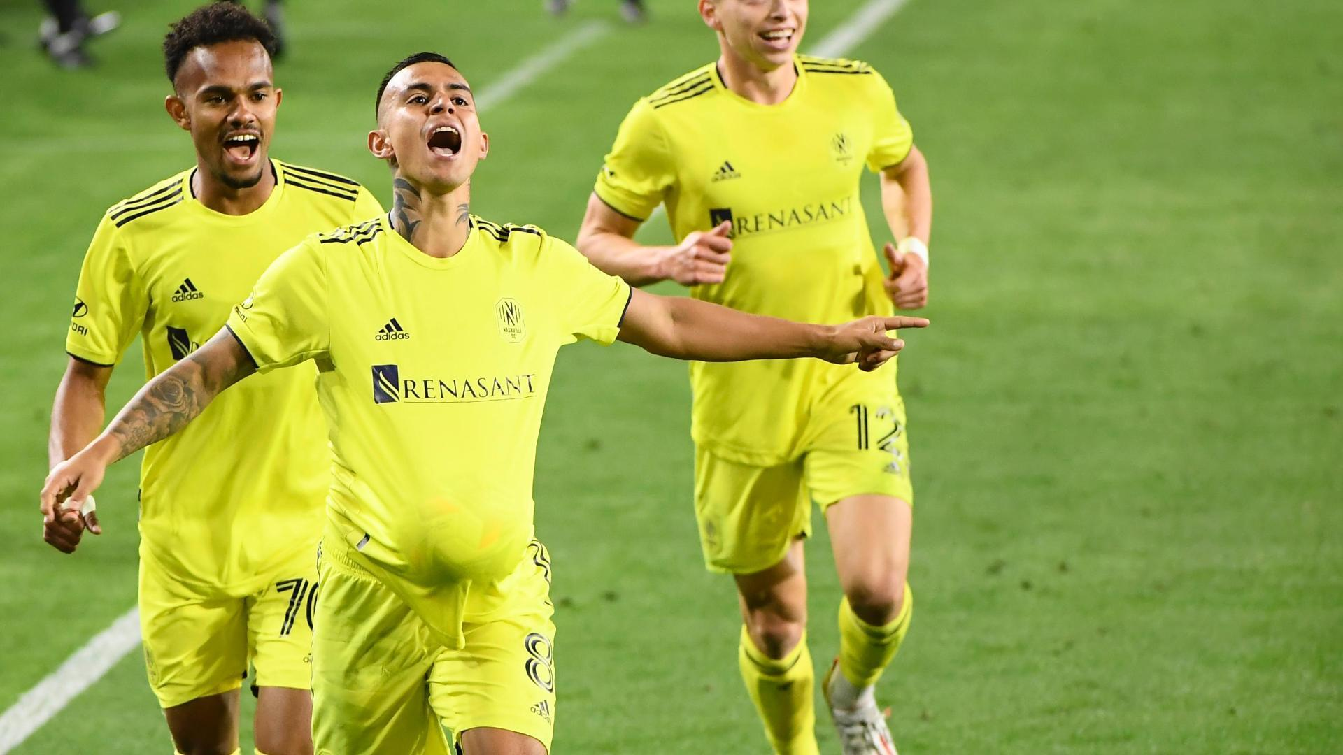 Randall Leal scores a jaw-dropping goal for Nashville SC