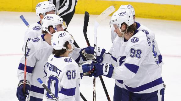 Killorn scores on a deflection as Lightning lock up a playoff spot