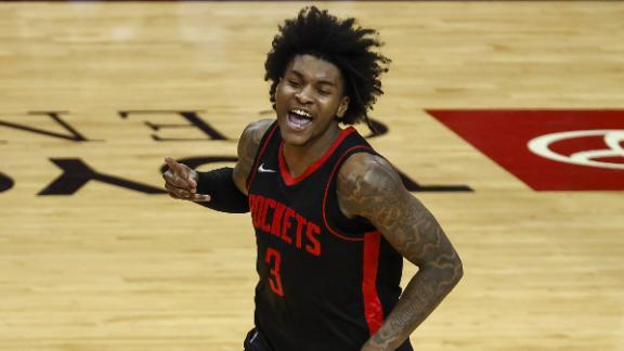 Porter drops 50 points in win vs. Bucks