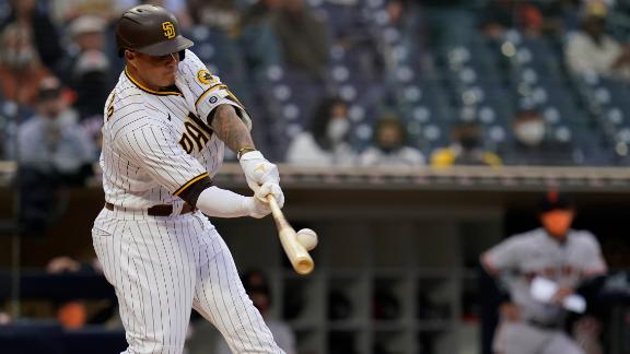 Machado gives Padres early lead with 3-run homer