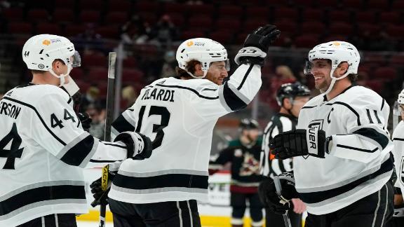 Kopitar scores 1,000th career NHL point