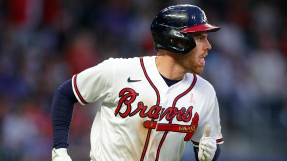 Freeman delivers on promise for Mother's Day HR with impeccable timing