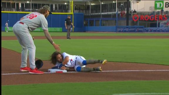 Bichette has some trouble on the basepaths