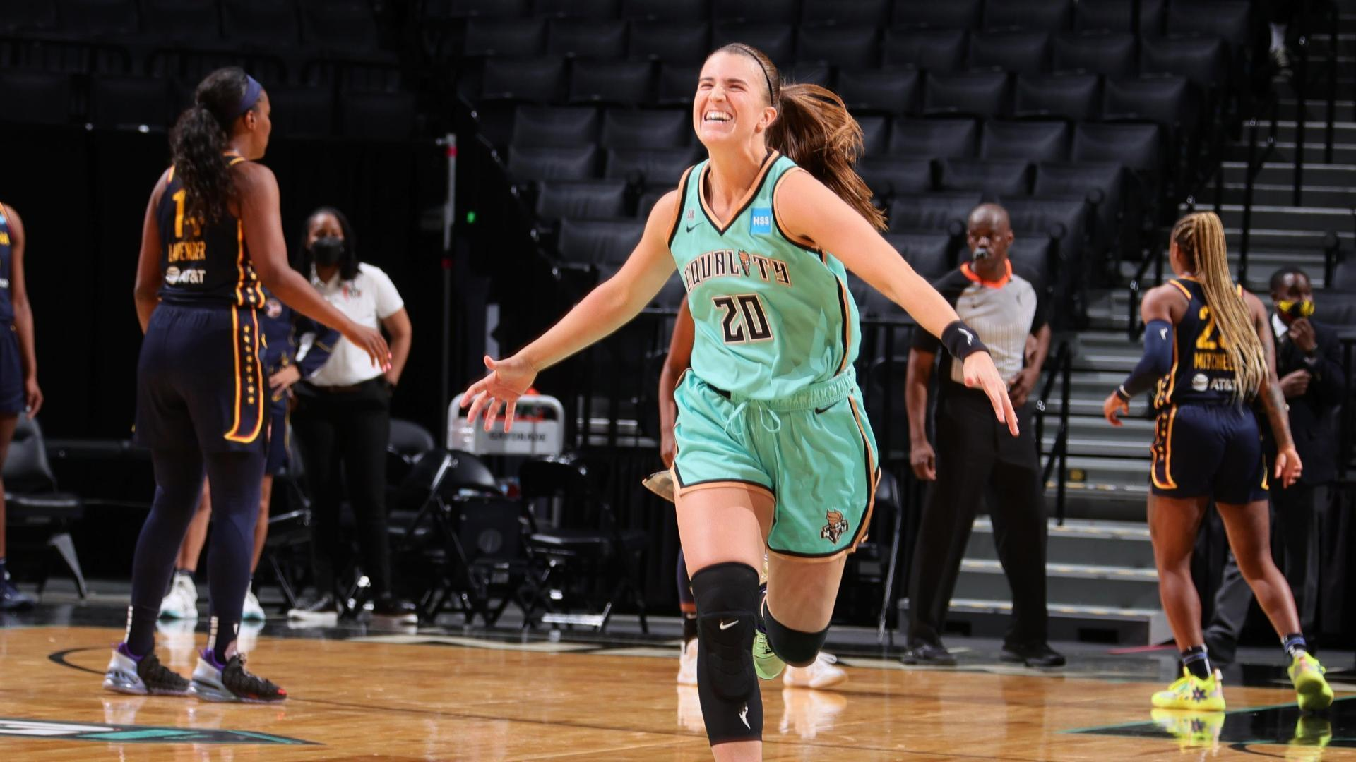 Ionescu cashes in on game-winning 3