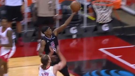 Rondo goes 1-on-1 to beat halftime buzzer