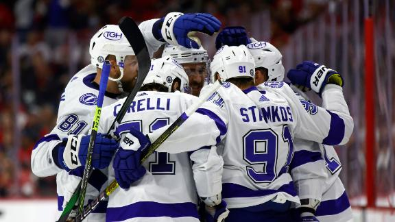 Cirelli's backhand goal seals Game 2 win for the Lightning