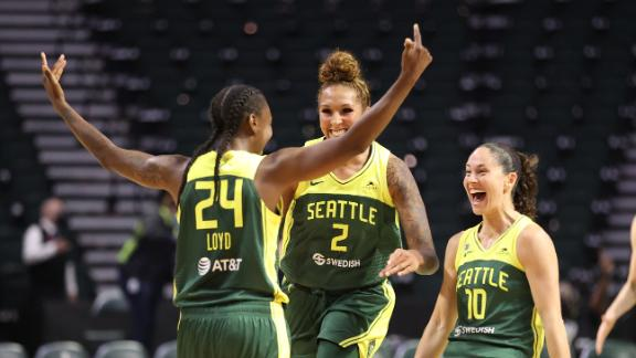 Storm win at the buzzer on Loyd's rainbow 3 in OT