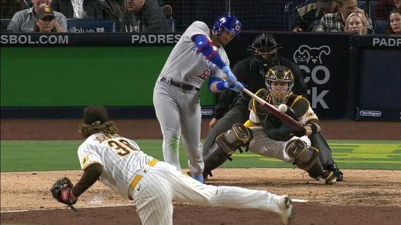 Ian Happ sneaks a homer just over the wall
