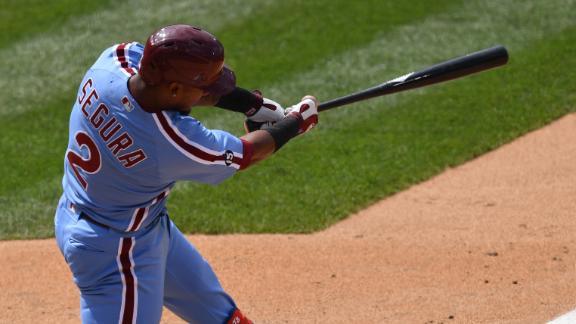Segura hits walk-off single for Phillies