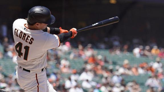 Wilmer Flores smacks 2 home runs in Giants' win