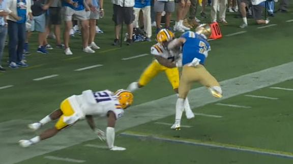 Kyle Philips jukes his way to TD in fourth for UCLA