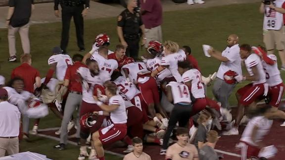 Jacksonville State stuns FSU with miracle TD on final play