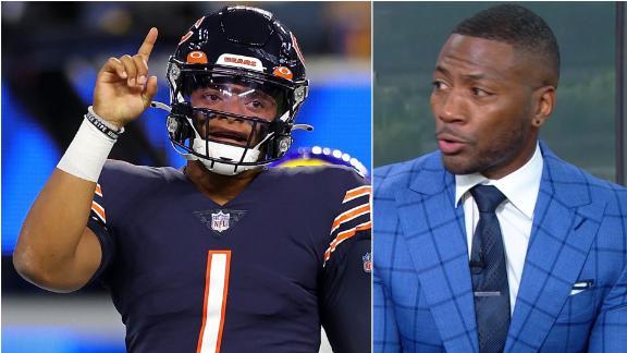 Clark: Bears need to start Justin Fields now