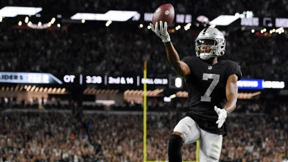 Carr capitalizes on Jackson's fumble with game-winning TD pass in OT