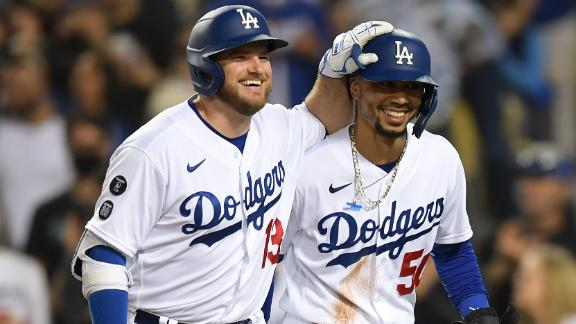 Dodgers belt trio of dingers vs. D-backs to clinch playoff berth