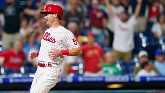 Phillies win on walk-off passed ball