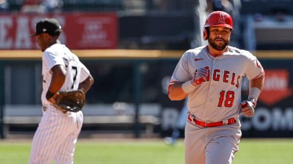 Angels go deep twice early against the White Sox