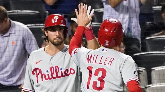 Phillies take the lead on Brad Miller's solo jack