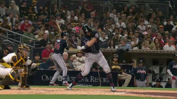 Dansby Swanson cranks 2-run dinger to right