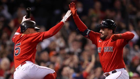 Kyle Schwarber's grand slam helps Red Sox make history