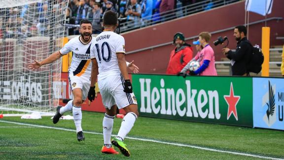 LA Galaxy fault Minnesota United's 'worst field' for