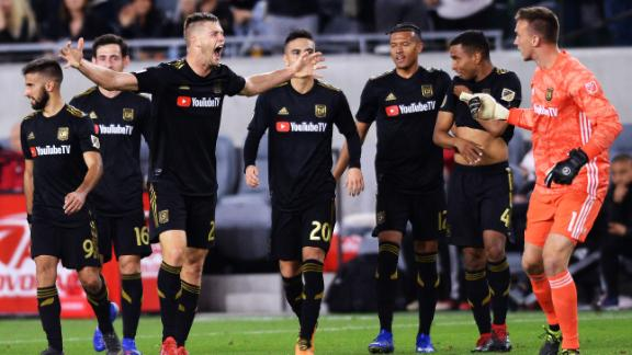 Zimmerman wonderstrike seals another late LAFC win