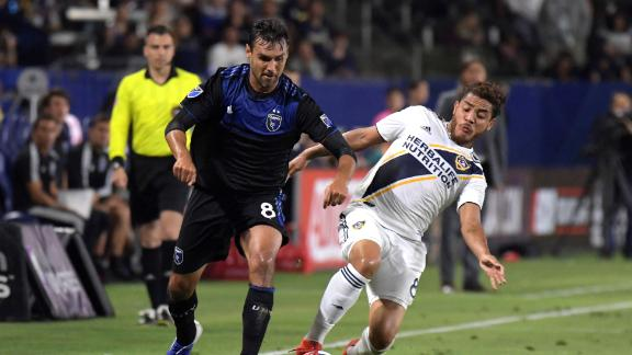 Vako leads Quakes to victory in Cali Clasico