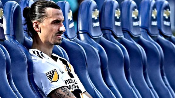 Zlatan 'shouldn't bite the hand that feeds him'