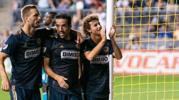 Union roll over struggling D.C. United