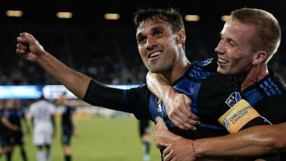 Wondolowski, Earthquakes make easy work of Orlando City