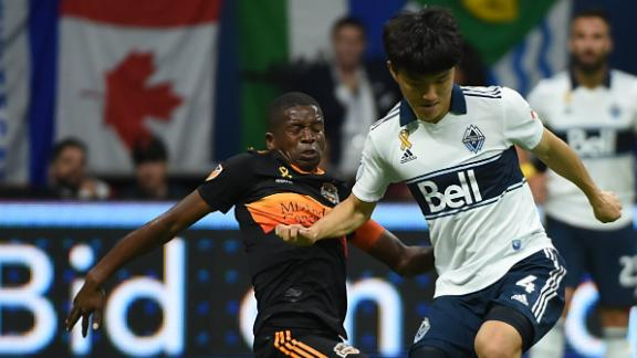 Whitecaps down Dynamo with last-minute goal