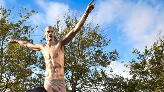 Zlatan's legend continues with a statue in Malmo