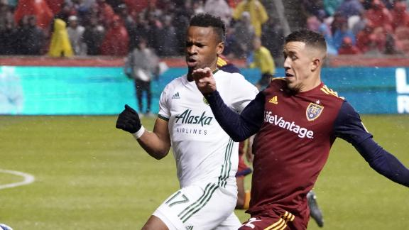RSL advance to Conference semis in emphatic fashion