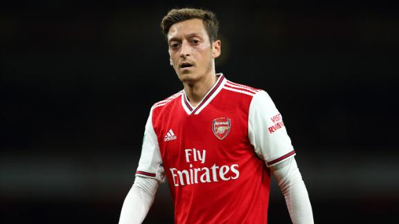 Arsenal's Ozil situation is 'an absolute disgrace'